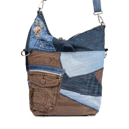 """Torbo-plecak """"1"""" połącznie torby i plecaka w jednym."""