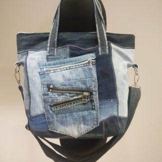 torba shopperka z dżinsu. Wykonana metodą patchworkową z elementami makramy. Przód